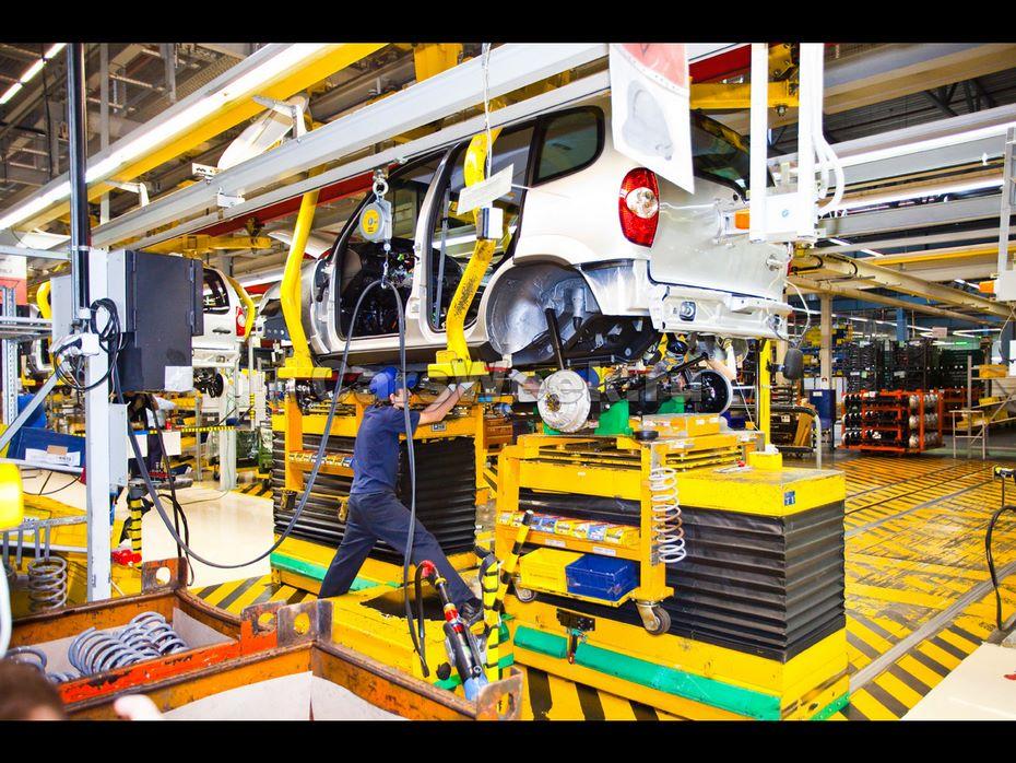 С1июля сотрудникам АвтоВАЗа поднимут заработную плату