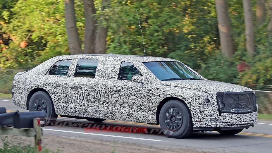Кадилак тестирует обновленную модель президентского лимузина Beast