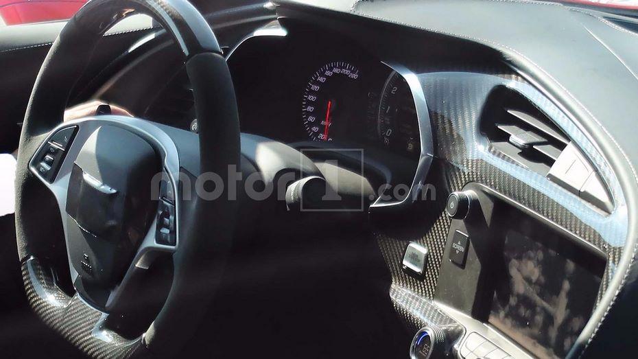 Фотографы рассекретили дизайн нового спорткара Шевроле Corvette ZR1