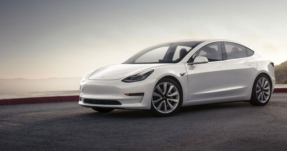 Tesla винит поставщиков впроблемах производства Model 3