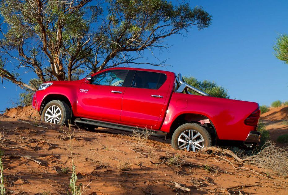 Стоимость пикапа Тойота Hilux увеличилась вовсех комплектациях