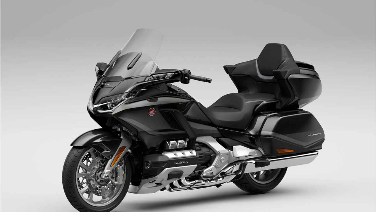 Легендарный мотоцикл Honda Gold Wing Tour обновился и уже продается в России