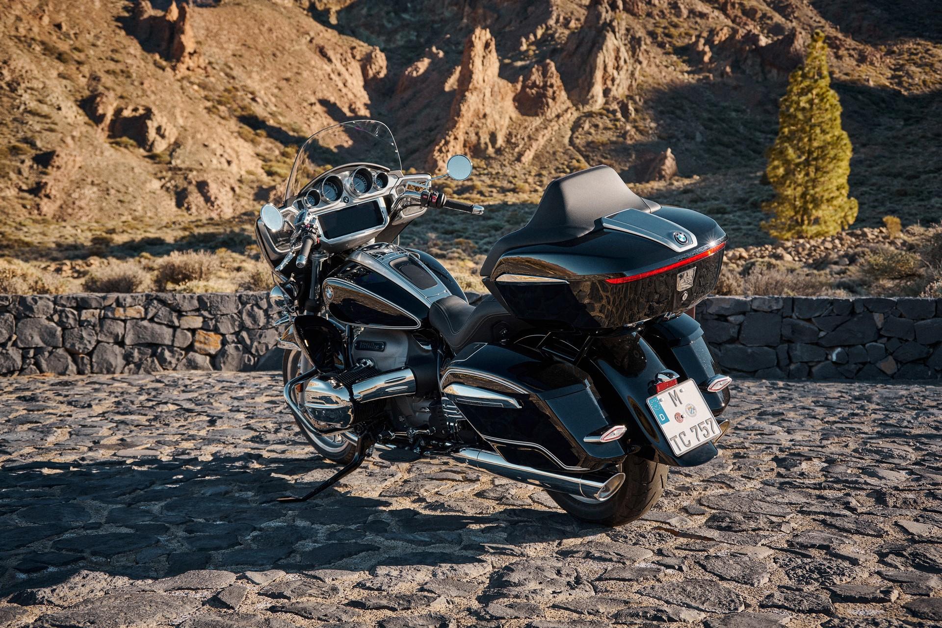 BMW Motorrad представил новые туристические мотоциклы R 18 B и R 18 Transcontinental