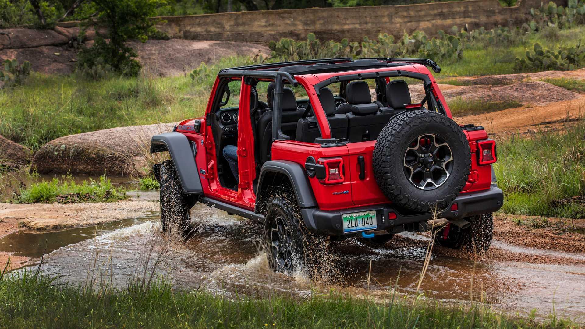 Jeep поднял прайсы на гибридный внедорожник Jeep Wrangler 4xe 2021 года