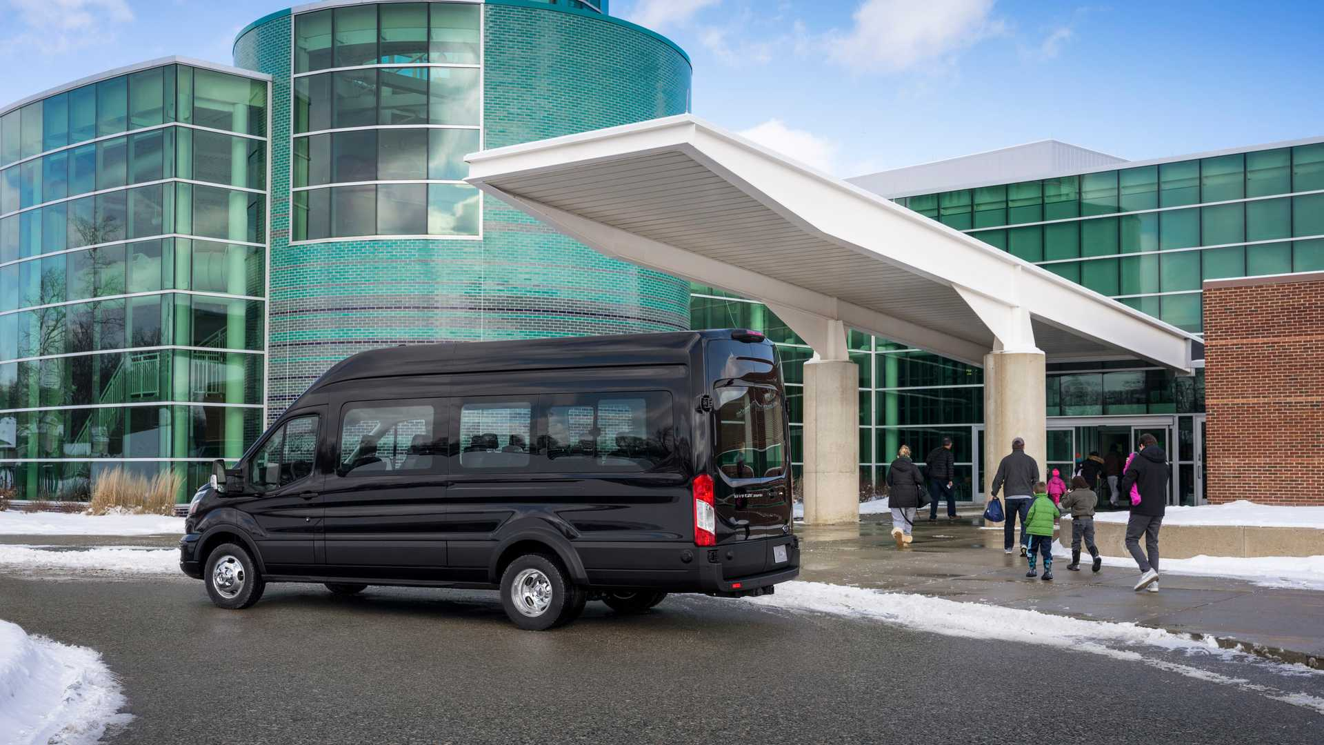 Продажи Ford Transit в России увеличились более чем в три раза по итогам апреля