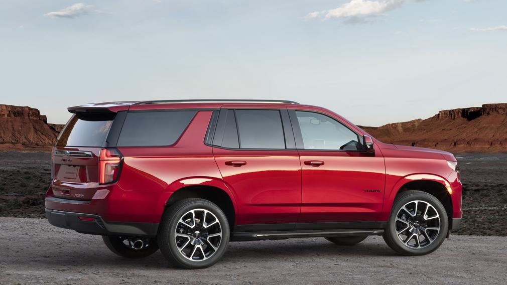 Внедорожник Chevrolet Tahoe подорожал в России на 250 тыс. рублей в сентябре 2021 года