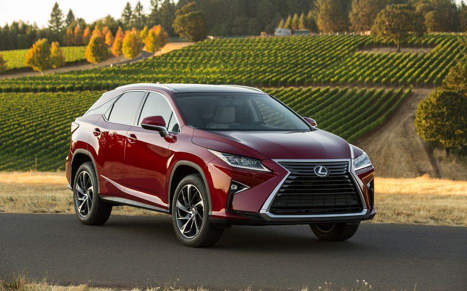 Lexus собирается представить обновленную версию кроссовера RX