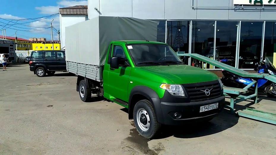 УАЗ выпустил спецавтомобили для транспортировки таможенников изаключенных