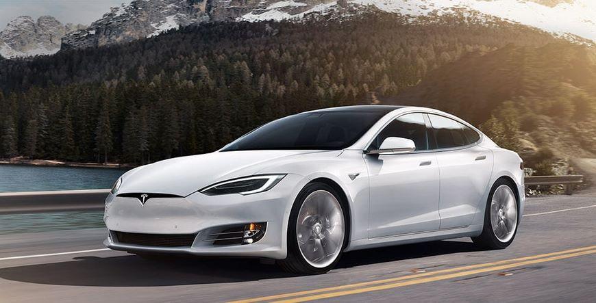 Автомобили Tesla оказались не экологически чистыми в сравнении с обычными ТС