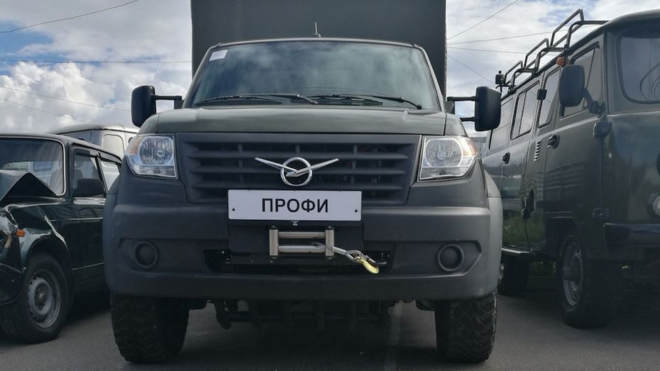 УАЗ впроцессе испытаний поднял новый УАЗ «Профи» наЭльбрус