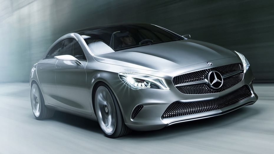 Mercedes-Benz анонсировал презентацию нового поколения A-Class