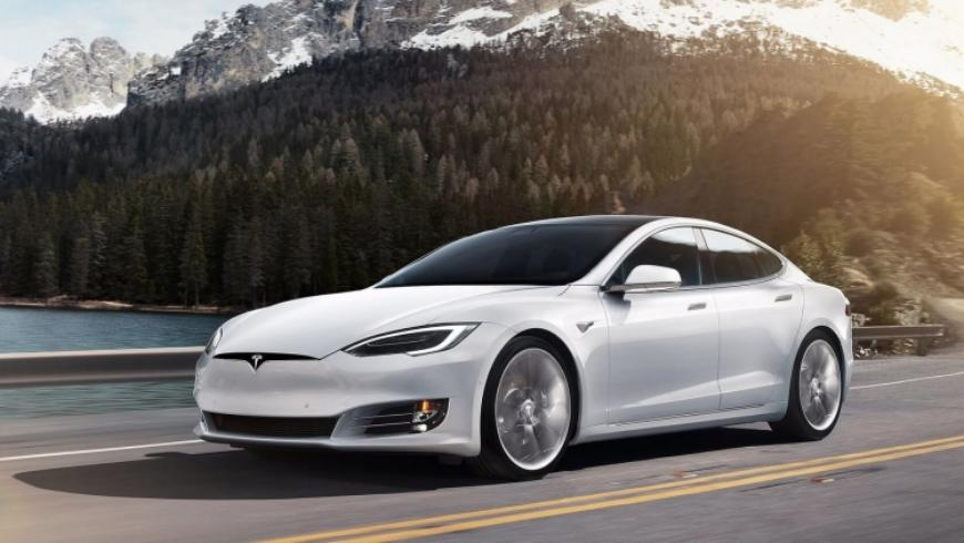 «Эффект Tesla»: как компания обрушила цены в премиум сегменте