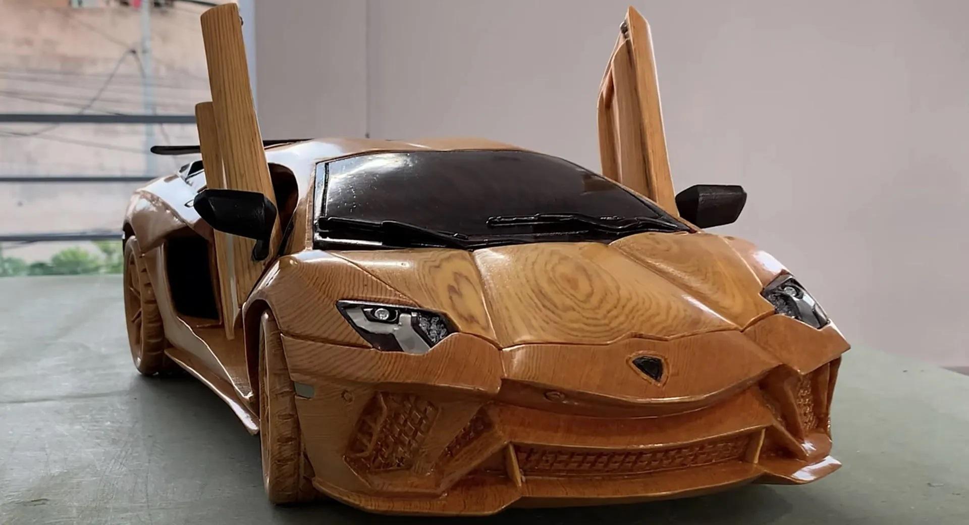 Гиперкар Lamborghini Aventador S вырезали из дерева в масштабе 1:13