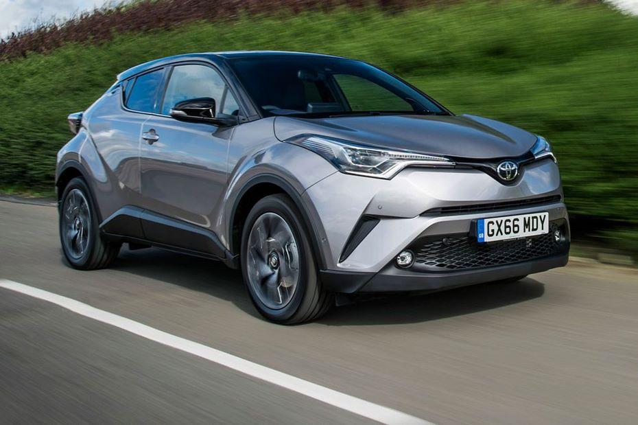 Специалисты назвали причины низкого спроса нановый кроссовер Тойота C-HR