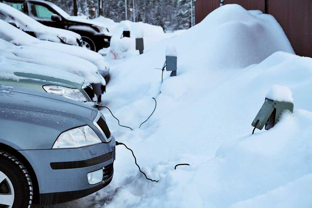Как отогреть двигатель в мороз своими руками