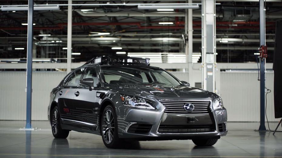 Тоёта привезёт наCES беспилотный автомобиль обновленного поколения
