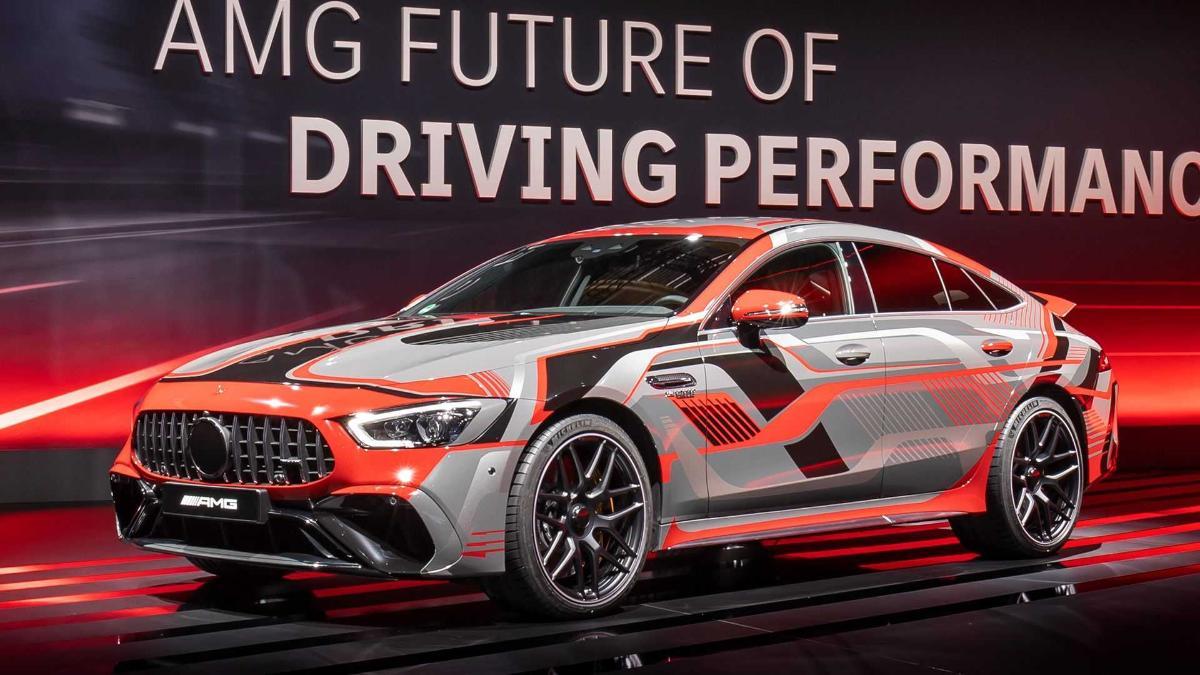 На тестах замечен прототип гибридного Mercedes-AMG GT 73e