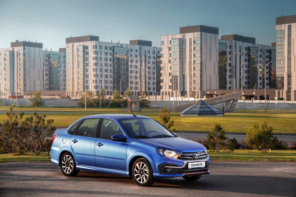 Компания «АвтоВАЗ» запатентовала бамперы Lada Granta Drive Active