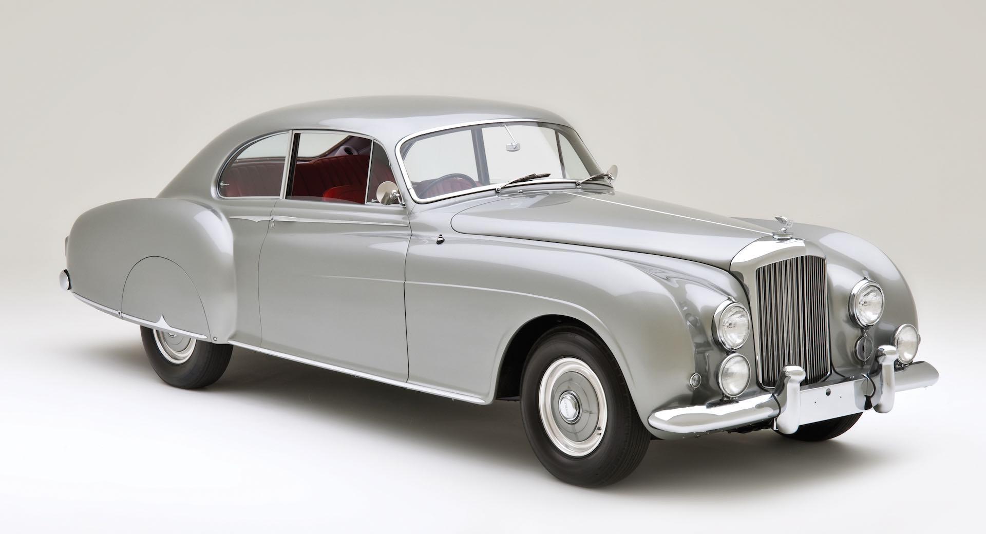 Bentley выпустит новую классику: Continental Джеймса Бонда