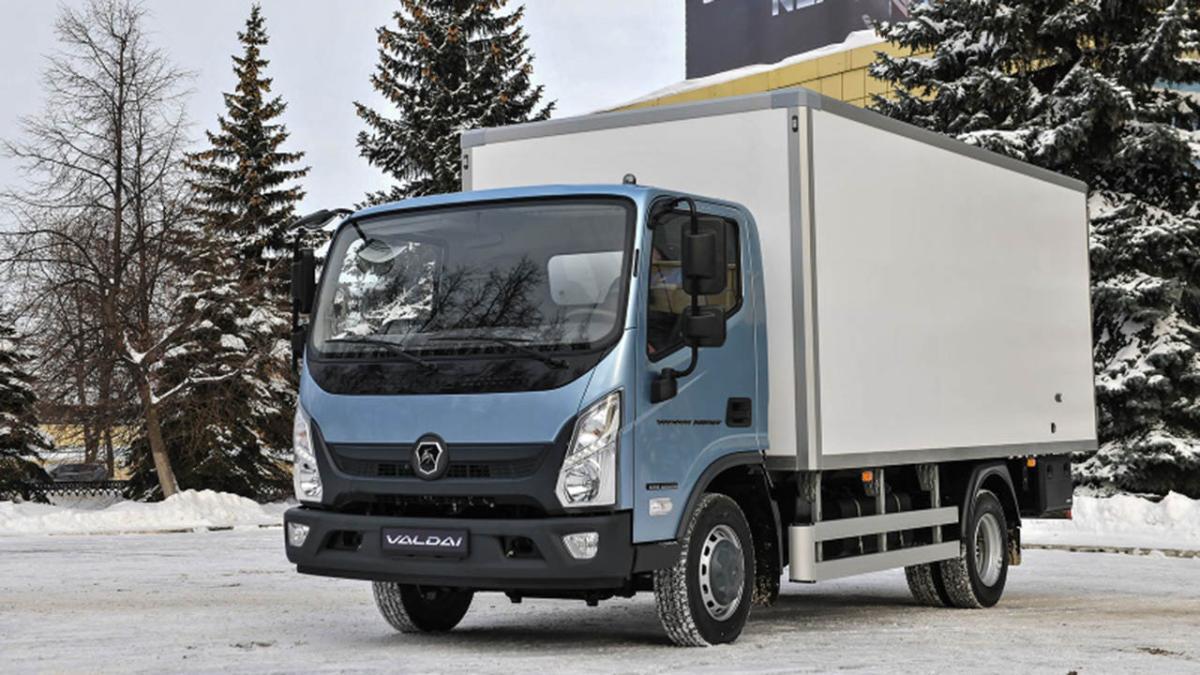 """""""Ъ"""": в России наблюдается серьезный дефицит грузовых машин в 2021 году"""