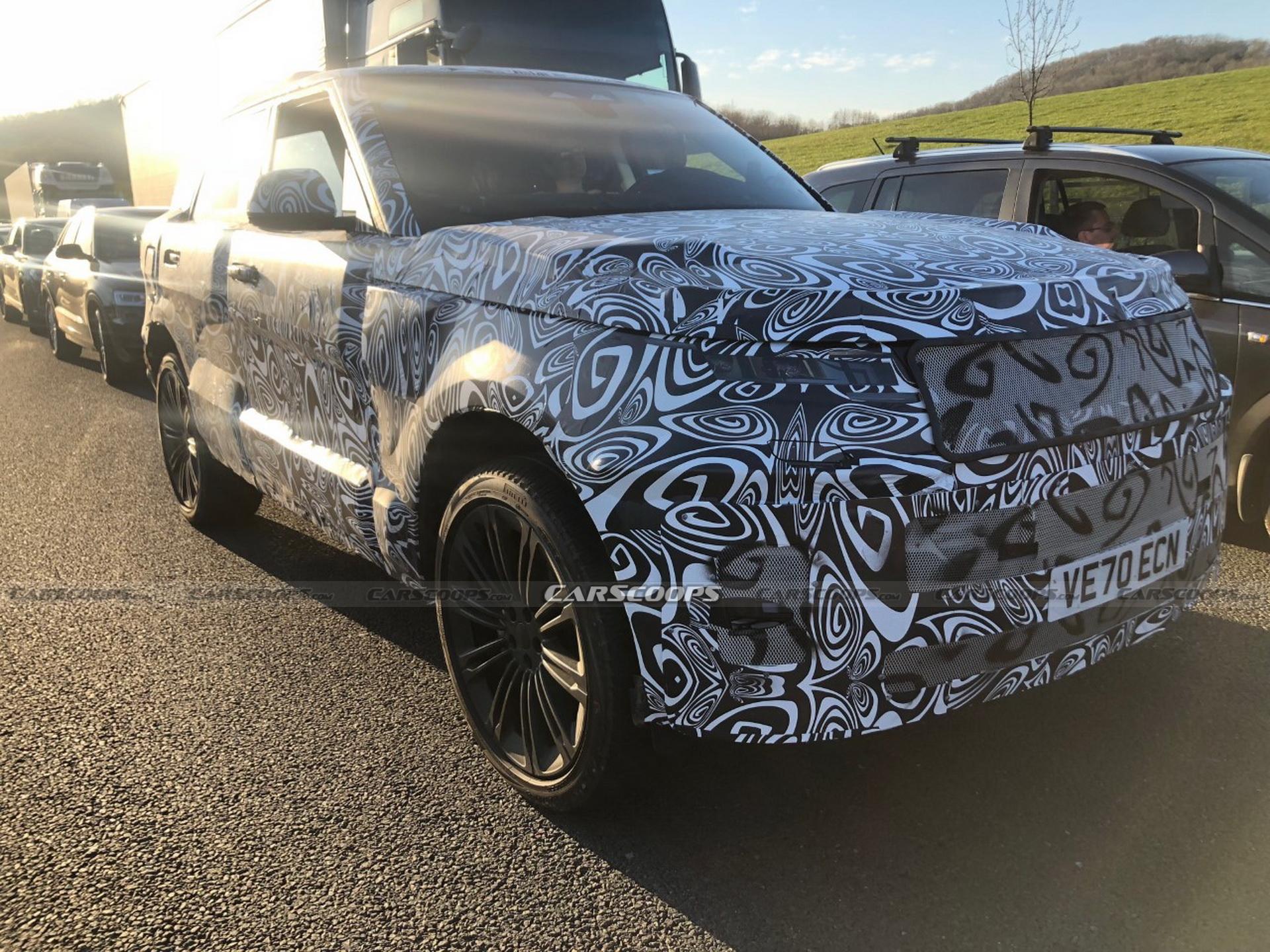 Внедорожник Range Rover Sport 2022 года вышел на тесты
