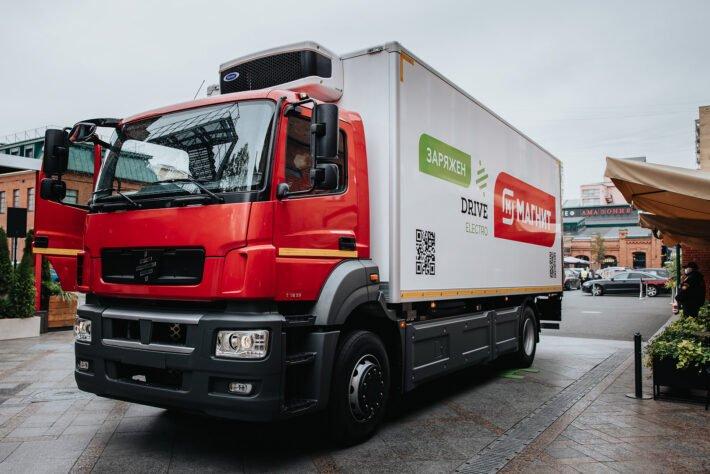 В РФ запустят первое серийное производство электрических грузовиков в 2021 году