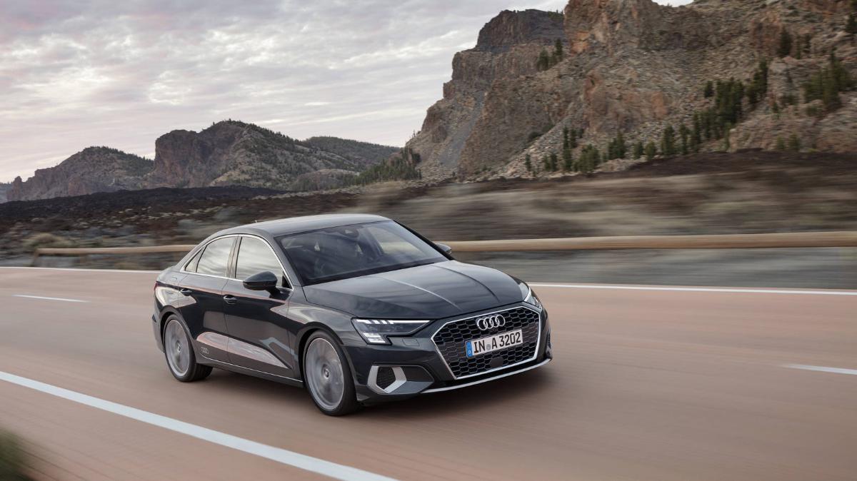 В России открыт предзаказ на новые Audi A3 Sedan и A3 Sportback по цене от 2,52 млн рублей