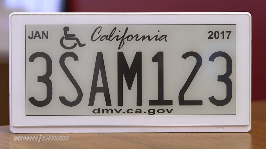 ВКалифорнии ввели цифровые автомобильные номера