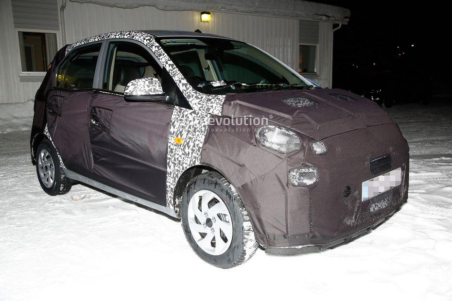 Бюджетный хэтчбек Hyundai Santro уже выведен на дорожные испытания