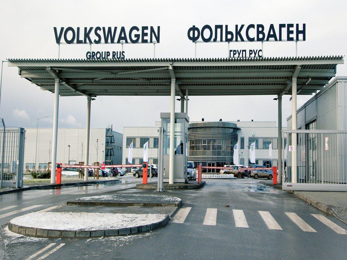 Компания «Фольксваген Груп Рус» отзывает неменее 200 автобилей VW и Ауди