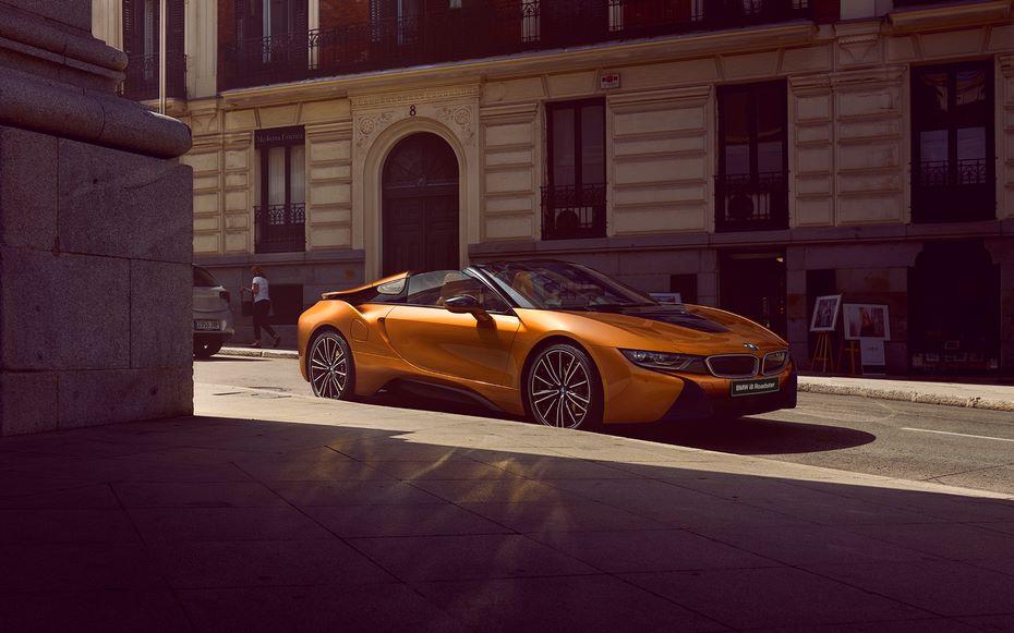 Стоимость BMW i8 в кузове кабриолет в России будет дороже купе