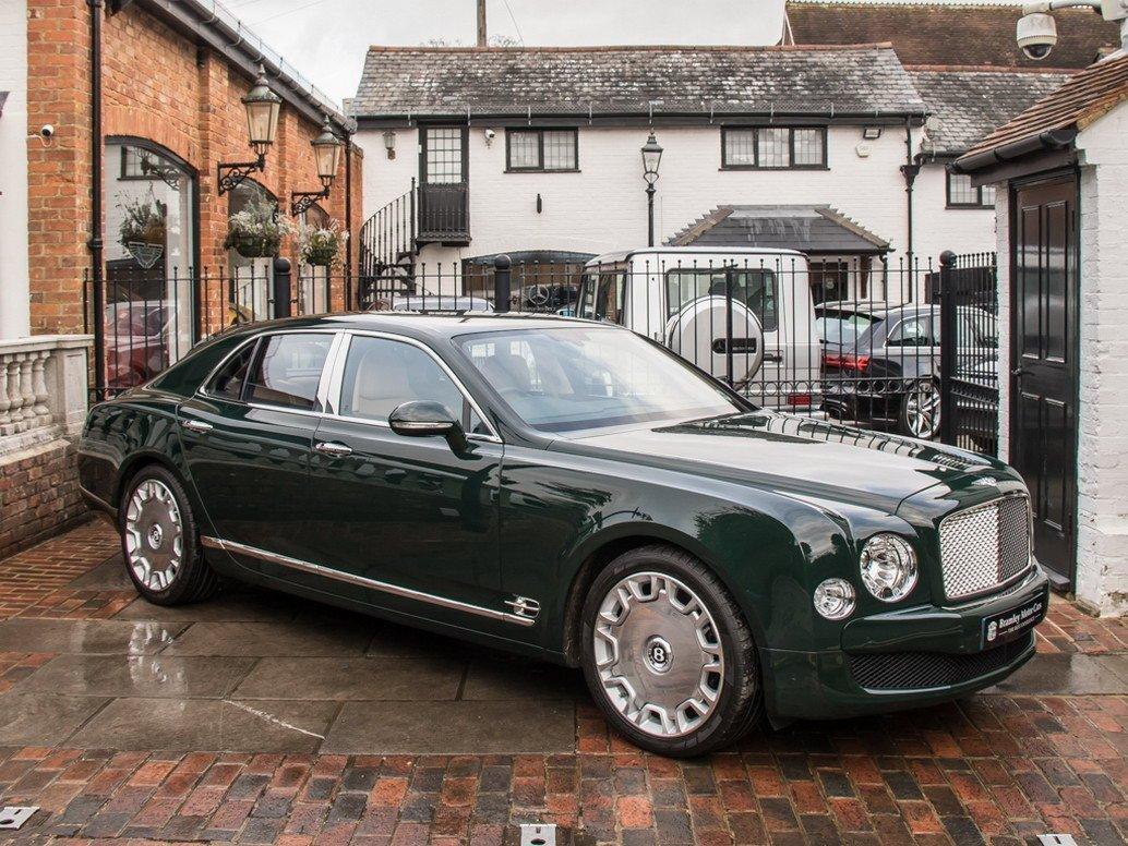 На аукционе продадут Bentley Mulsanne королевы Елизаветы II