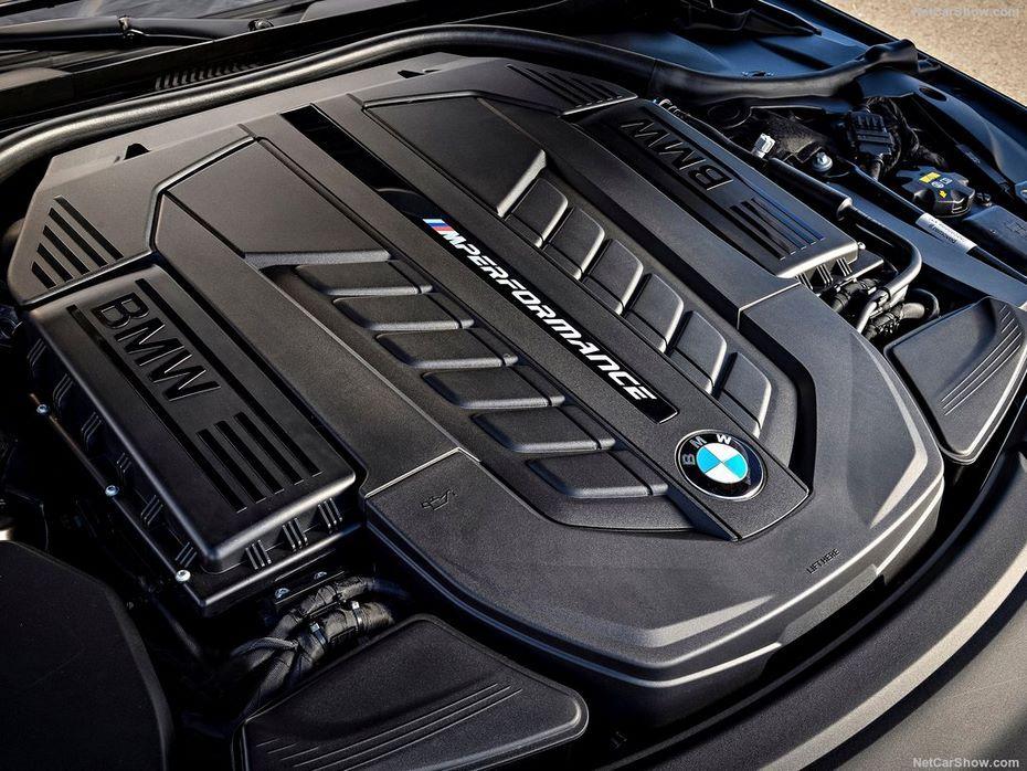 Компания БМВ через год откажется отбитурбированного мотора V12