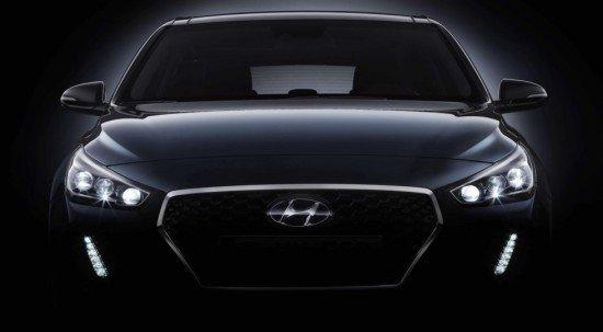 Хюндай приоткрыла внешность нового i30