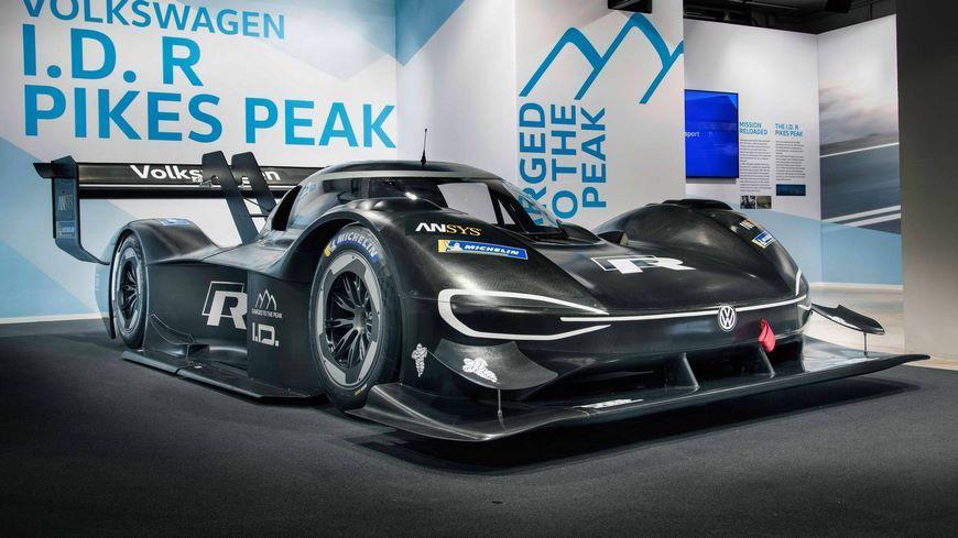 Электрический суперкар Volkswagen ID R получит номер «94»