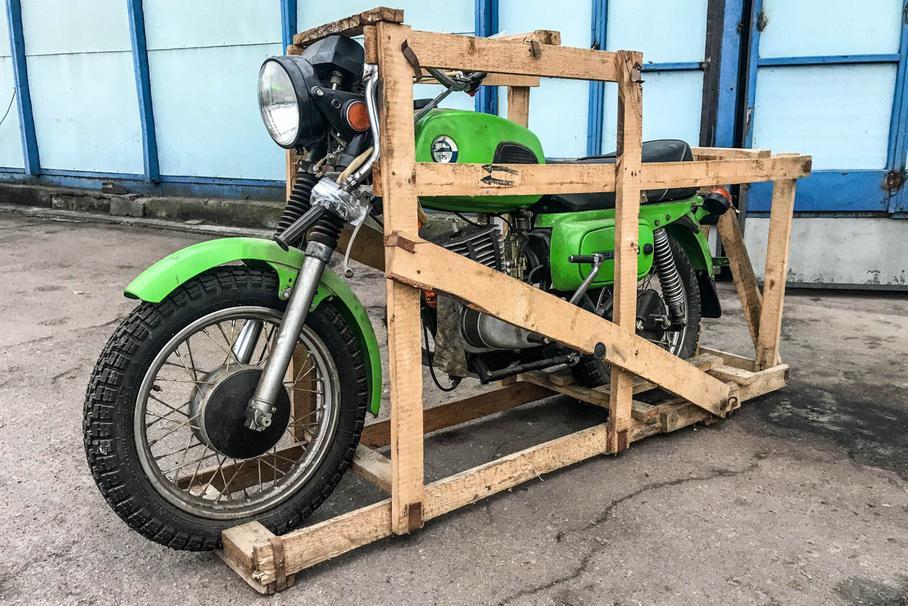 Найден советский мотоцикл «Восход» в заводской коробке