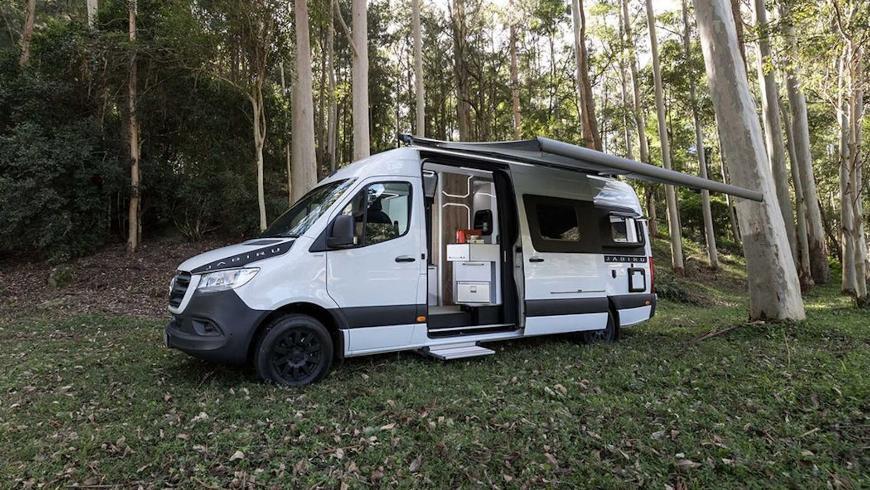 Представлен комфортный автодом на базе Mercedes Sprinter