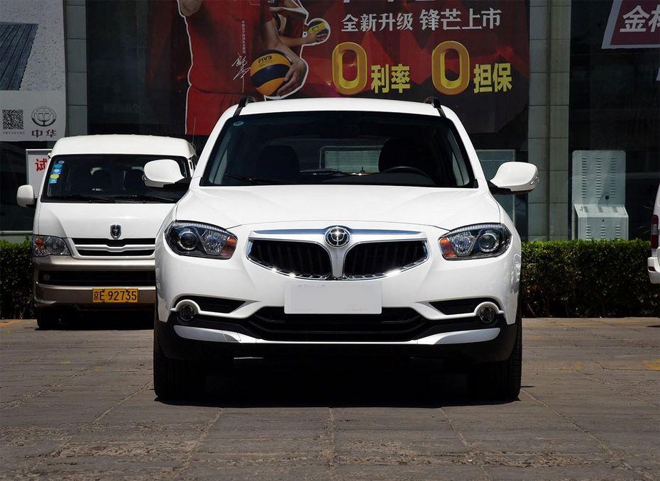 Новая версия китайского кроссовера Brilliance V5 стала еще доступнее