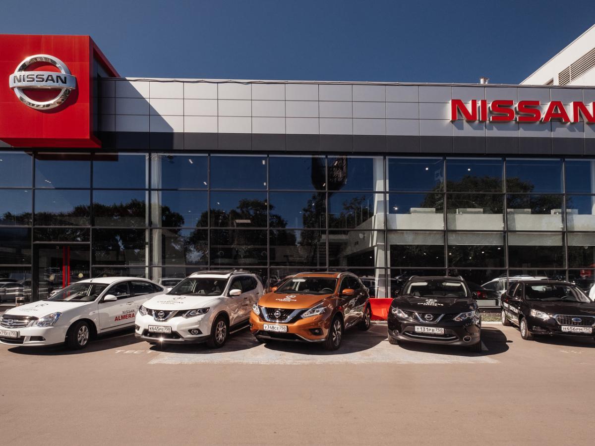 Компания Nissan увеличила стоимость трех кроссоверов в России