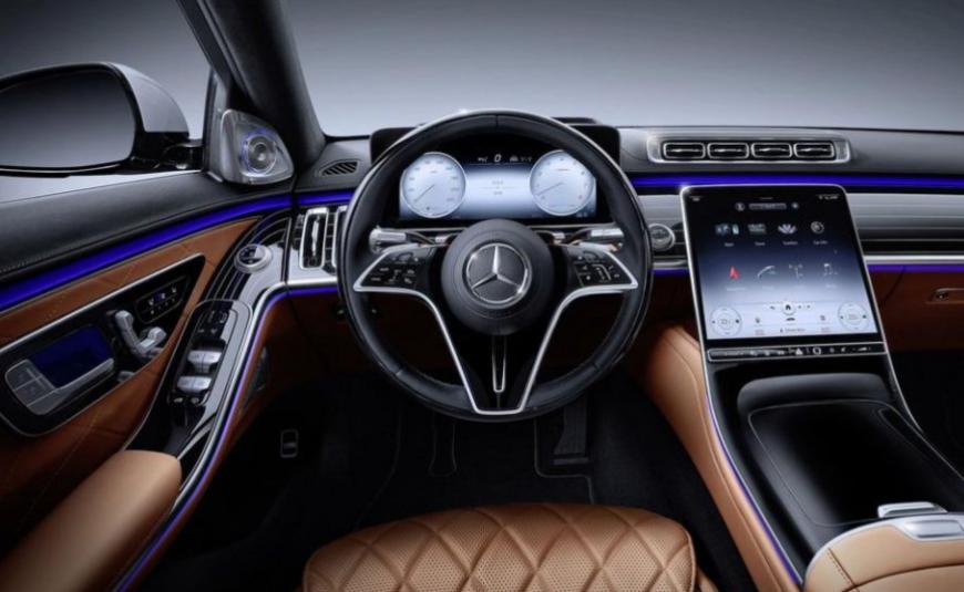 ТОП авто с лучшим интерьером, которые предлагают в России