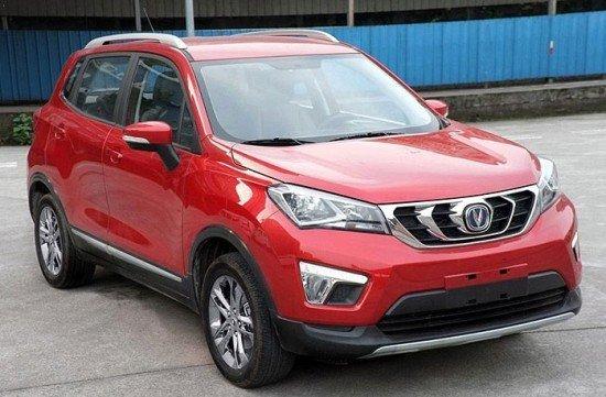 Весной стартуют продажи нового китайского SUV CHANGAN CS15