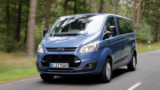 Автомобиль Форд Transit оборудовали мотором надизеле семейства EcoBlue