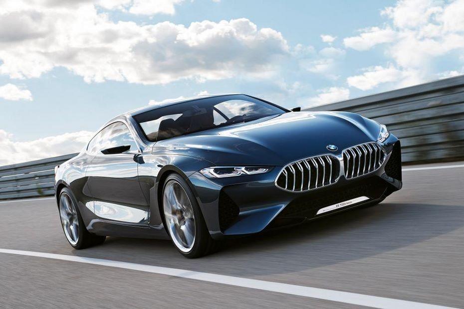 Официально: BMW не собирается пропускать Парижский автосалон
