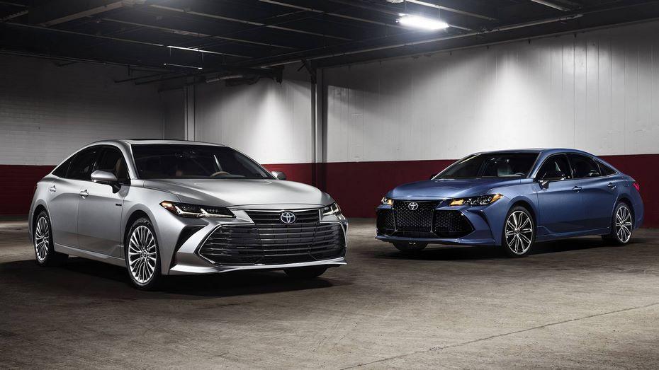 Тоёта представила седан Тойота Avalon обновленного поколения
