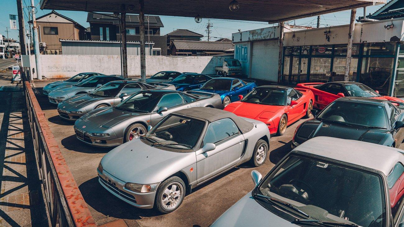 Посмотрите на японские автосалона, полные раритетами