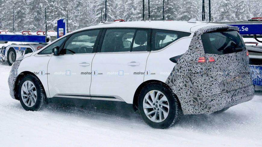 Журналисты заметили новую версию минивэна Renault Espace