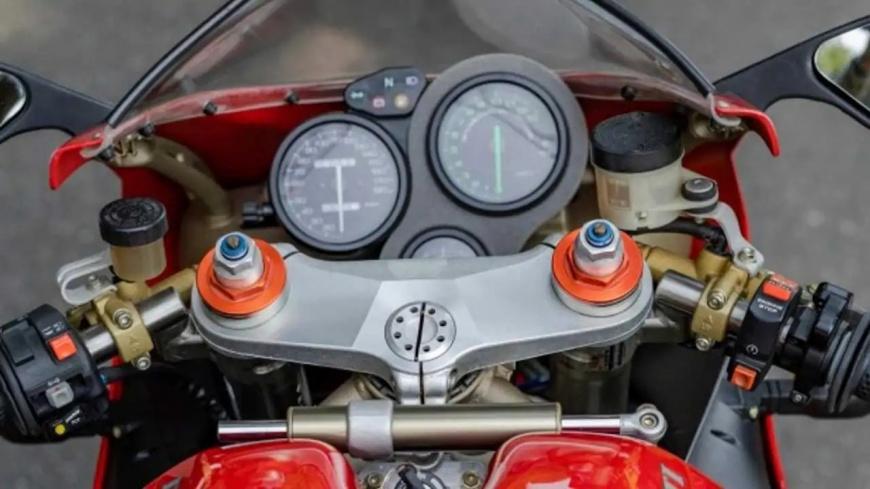 Мятный Ducati 916 Monoposto выставлен на продажу за 12 000 долларов