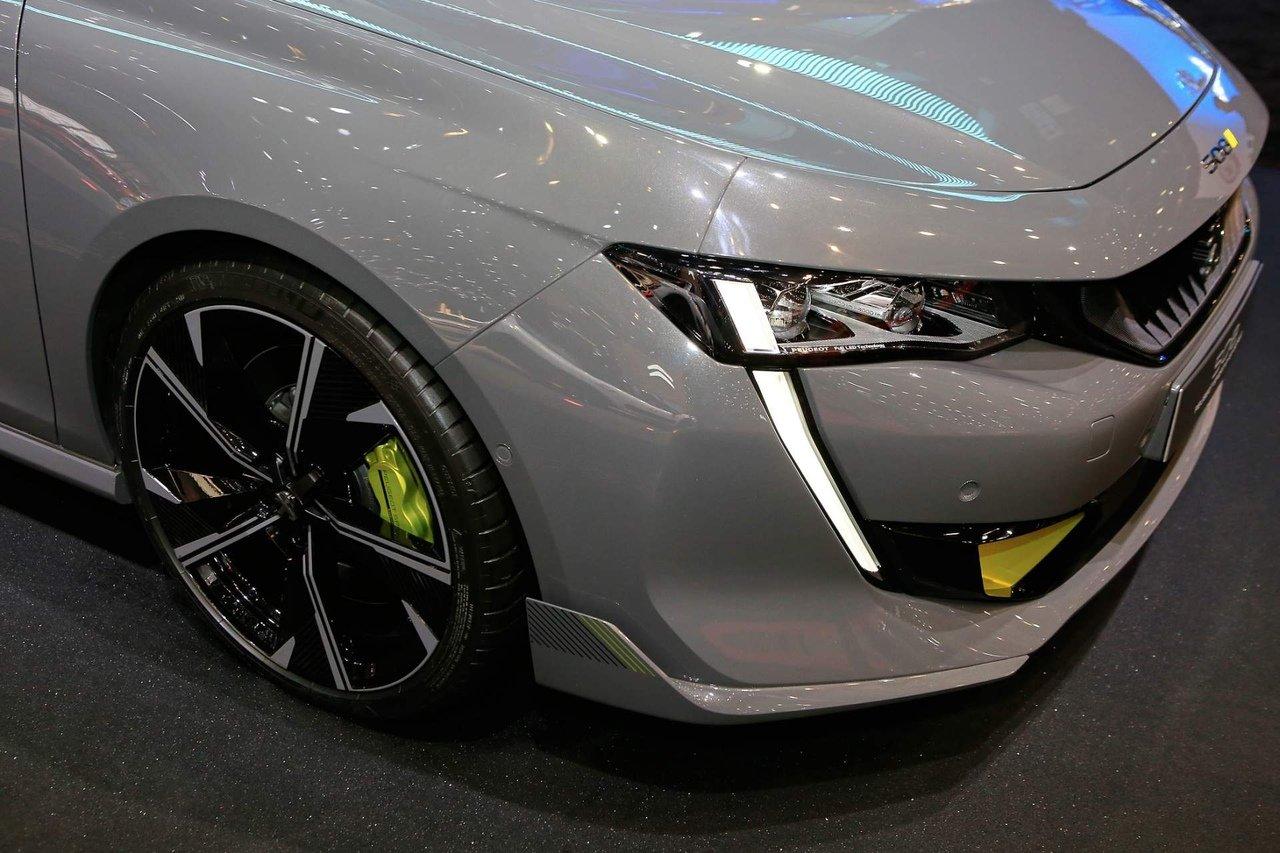 Peugeot 508 PSE покажут на автосалоне в Женеве