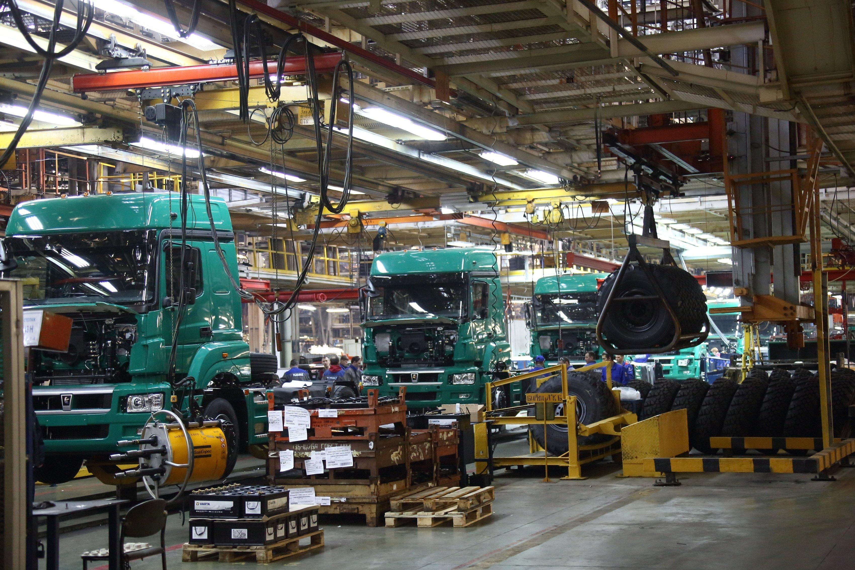 «КамАЗ» возобновит выпуск грузовых автомобилей 6 апреля