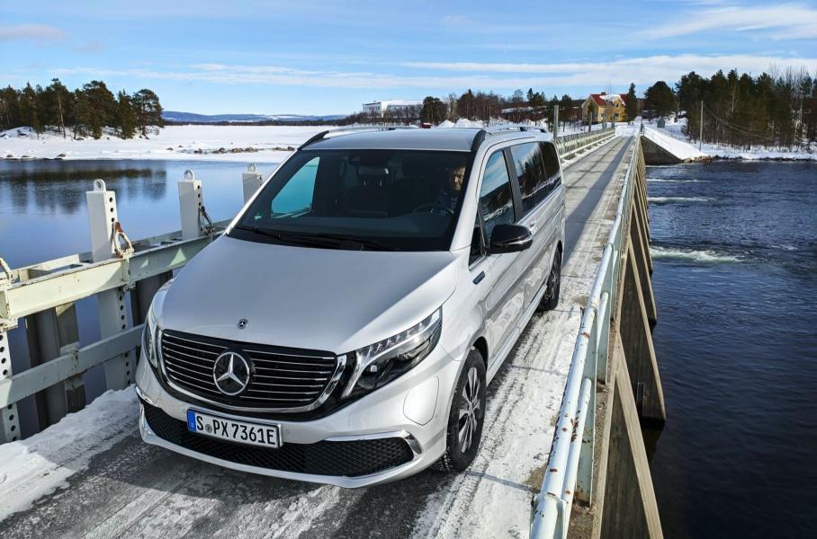 Mercedes-Benz EQV протестировали морозами